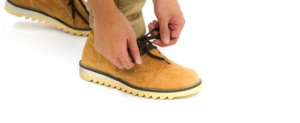男性のスマートカジュアル!靴やパンツはどこまでOK?!2